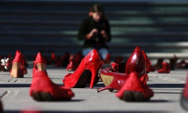 FEMMINICIDIO: TELEFONO ROSA, RAGGIUNTA QUOTA 100 IN 2013